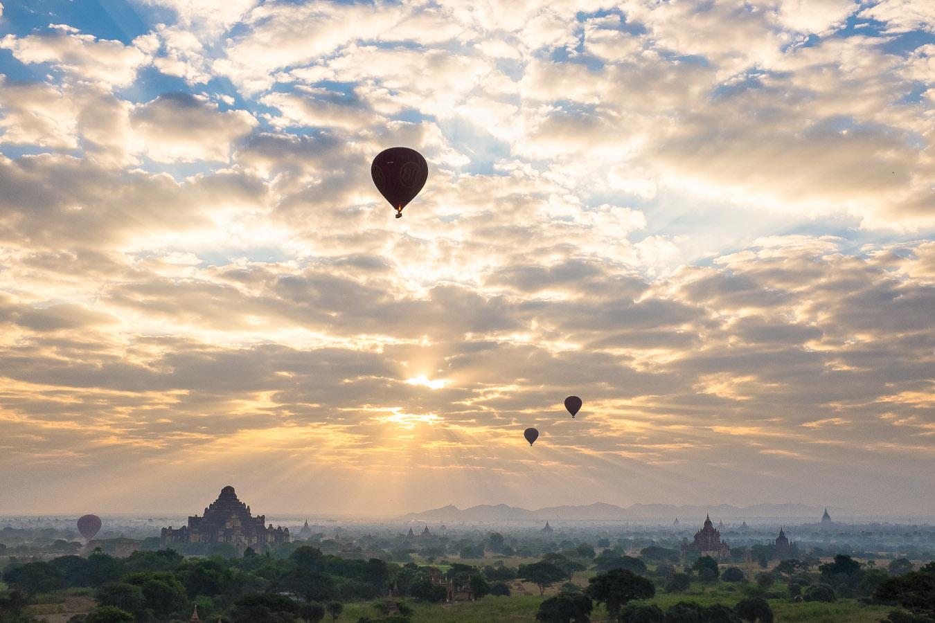 Burma Myanmar travel bagan