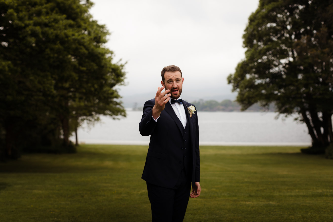groom blacktie