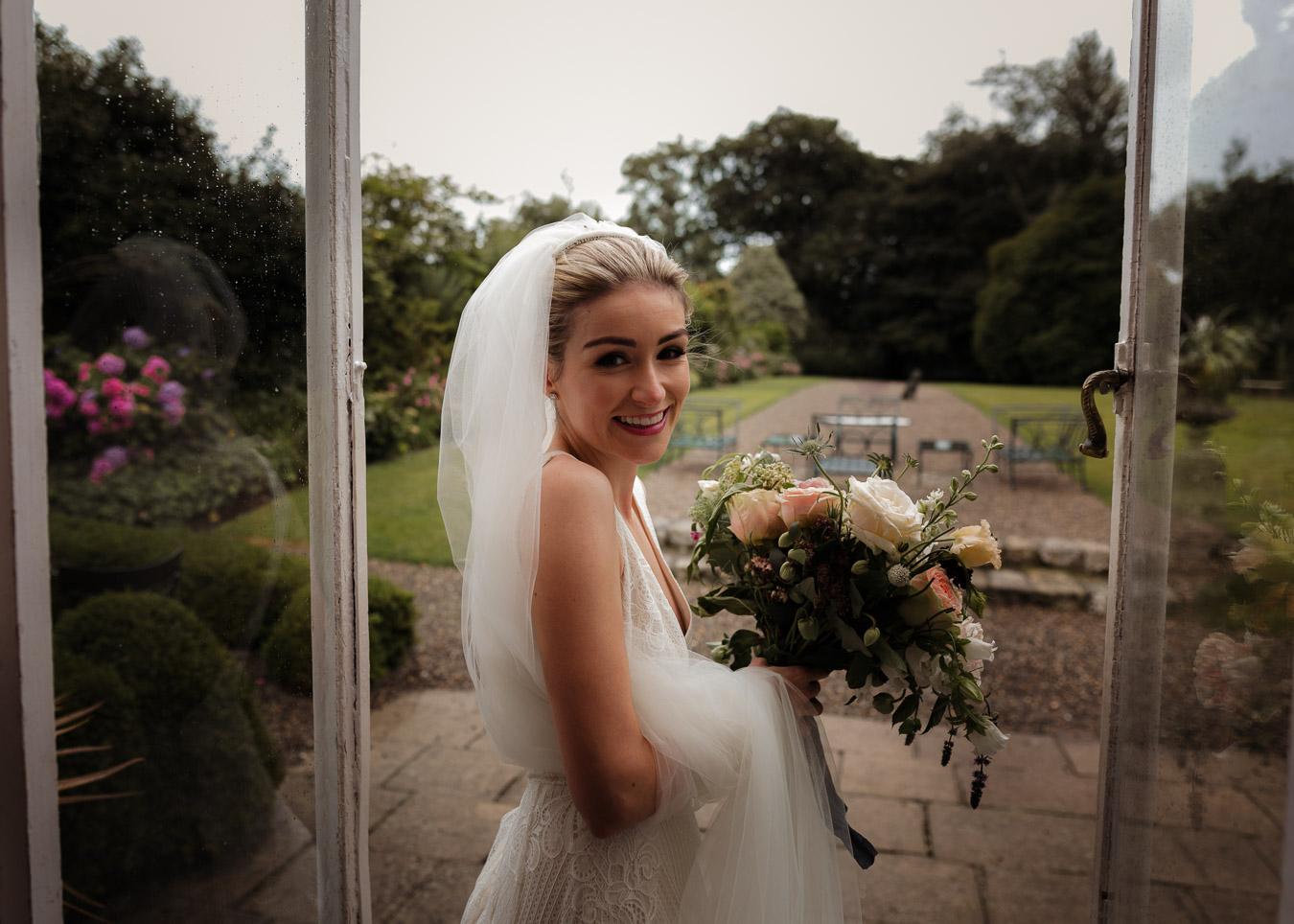 chignon wedding hairstlye